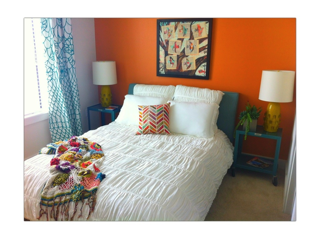 Orange Accent Wall Sarah 39 S Urban Rooms And Blooms